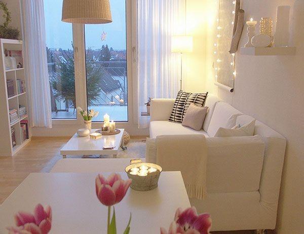 Desain Ruang Tamu Mewah Dengan Nuansa Warna Putih