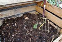 cara membuat kompos sendiri menggunakan sampah rumah dan kebun
